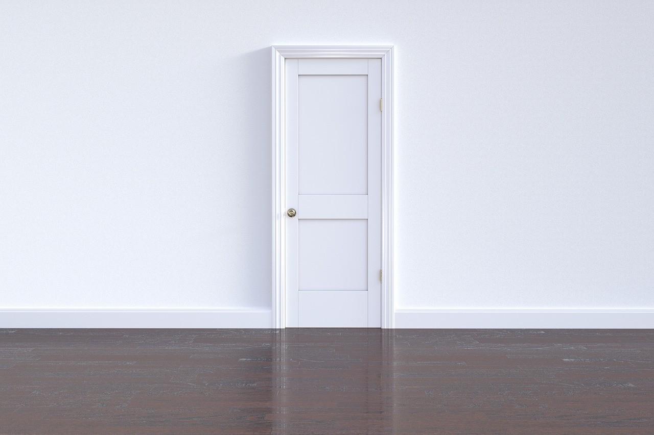 Come Sistemare Una Porta In Legno come montare una porta